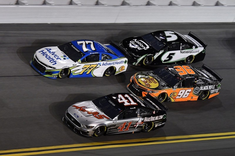 """NASCAR would be """"surprised"""" to attract new OEMs without hybrid move"""