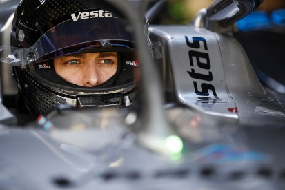 Jake Hughes lands Venturi Formula E reserve driver role
