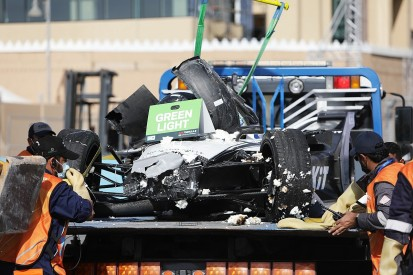 Mercedes, Venturi allowed to start Diriyah E-Prix after Mortara crash