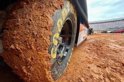 NASCAR Bristol Dirt: Regen und Schlamm sorgen für Verschiebung
