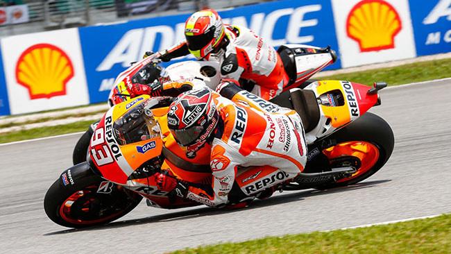 Marquez batte Rossi ed eguaglia Doohan a Sepang!