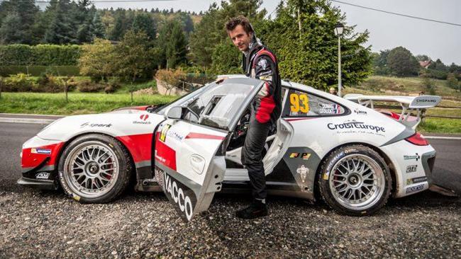 Romain Dumas in Corsica con la Porsche 997 RGT
