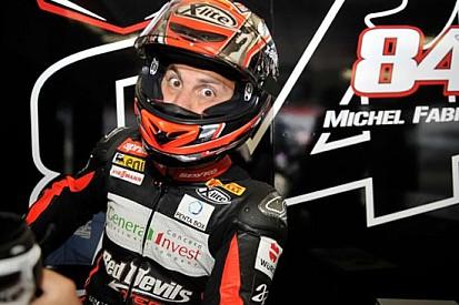 Michel Fabrizio ai test di Jerez con l'Aprilia Red Devils