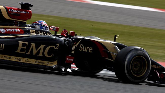 Lotus: la E23 non ha superato il crash test!