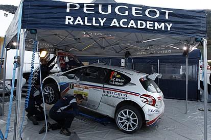Un 2015 molto impegnativo per Craig Breen e Peugeot