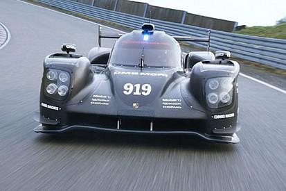Oltre 4.000 km ad Abu Dhabi per la Porsche 919