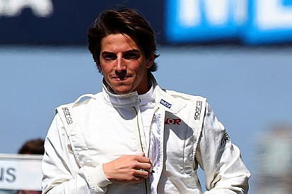 La Manor conferma Roberto Merhi per Sepang