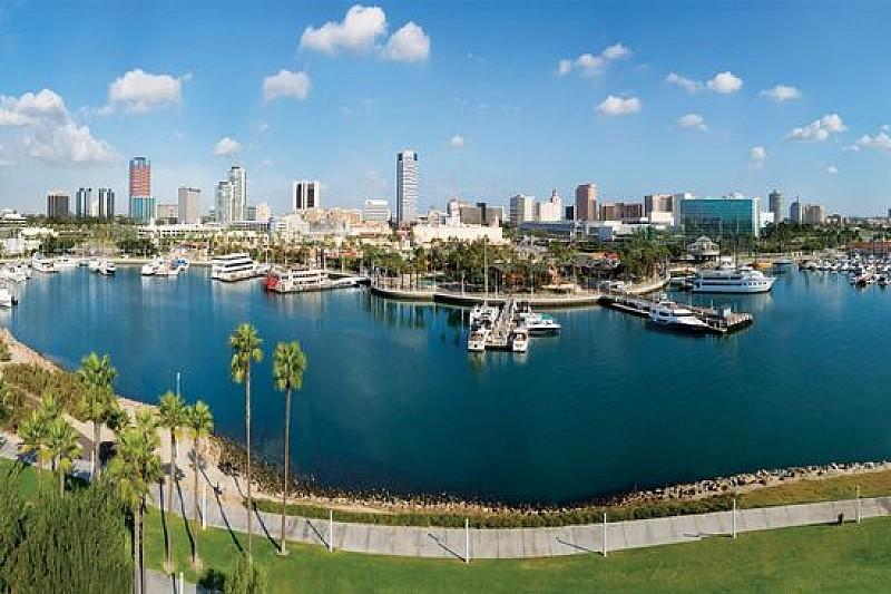 Tre sessioni (non due) di prove libere a Long Beach