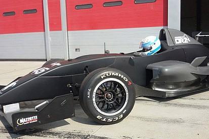 Nasce il team DRZbenelli e punta alla F. Renault 2.0