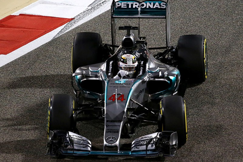 Hamilton trionfa in Bahrein, ma stupisce Raikkonen!