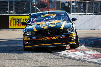 Rezzetano wins Pirelli World Challenge GTS race