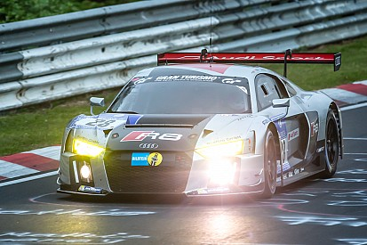 Nurburgring 24 Hours: Audi duels with BMW