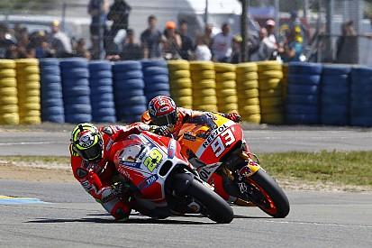 Iannone résiste à Márquez, jusqu'au bout de ses forces