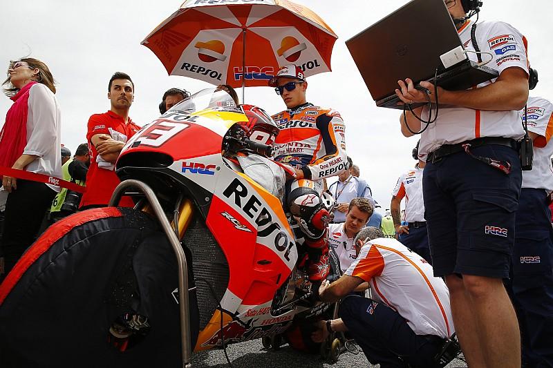Márquez reste en lice pour le titre, jugent Rossi et Lorenzo
