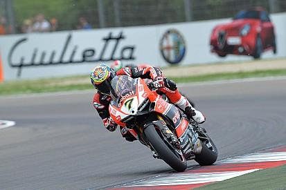 Davies et Giugliano visent leur premier podium à Donington