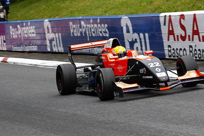 Hubert dalla pole alla vittoria in gara 1 a Pau