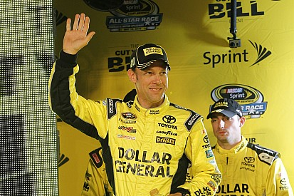 Matt Kenseth conquista a pole para as 600 milhas de Charlotte