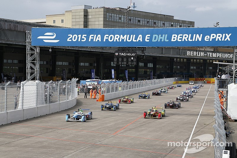 Berlin ePrix: D'Ambrosio wins as Piquet takes championship lead