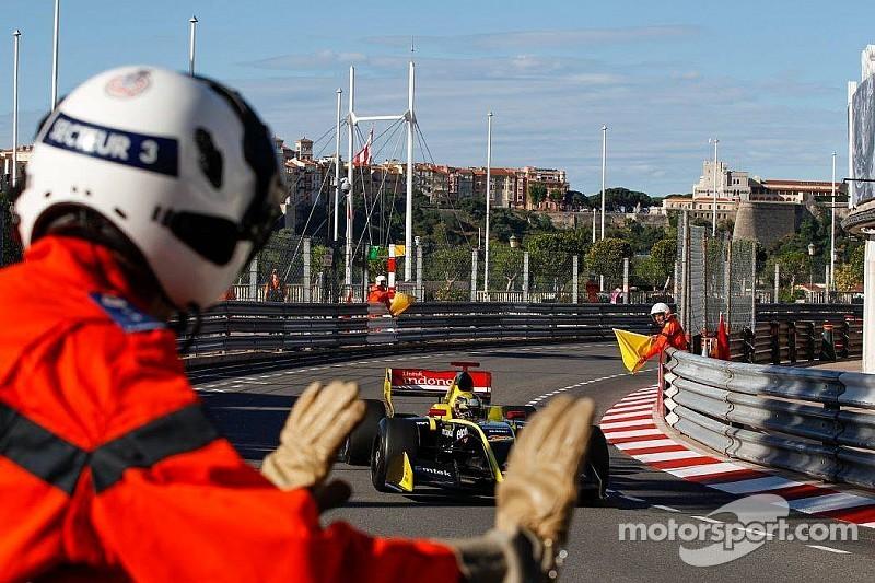 Видео: авария ван Бурена и Бонифасиу в Монако