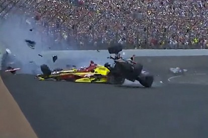 Massive crash takes out multiple drivers in closing laps - video