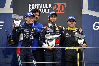 Исаакян выиграл гонку Формулы Renault 2.0 в Австрии