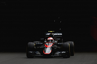 Button a tout donné physiquement pour les premiers points de McLaren