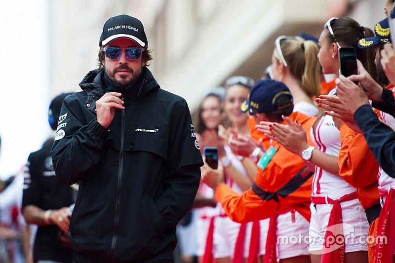 Alonso está mejor fuera de Ferrari, aseguró Briatore