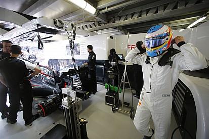 Segundo Briatore, Fernando Alonso está melhor fora da Ferrari