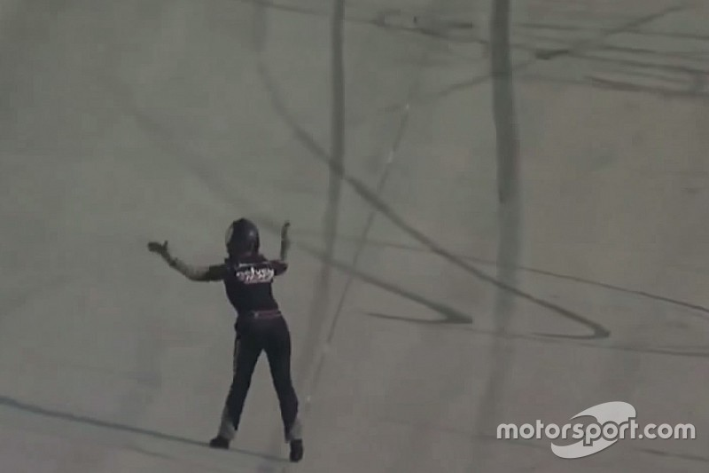 Cobb called to NASCAR hauler after approaching trucks on live track - video