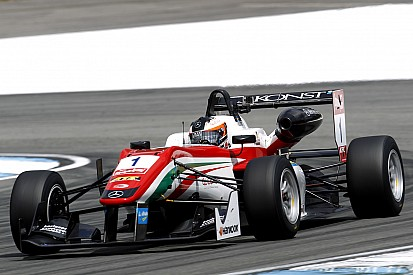 Розенквист победил в первой гонке в Монце