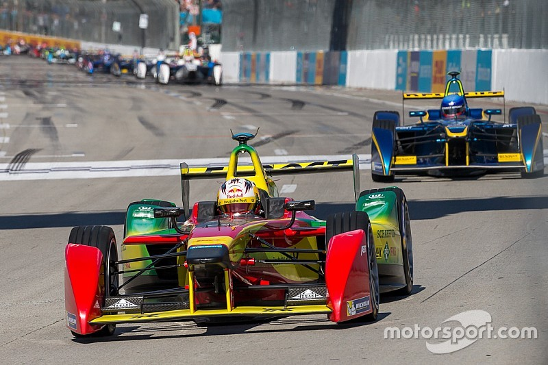 Formula E: Smalltalk from the paddock in Moscow