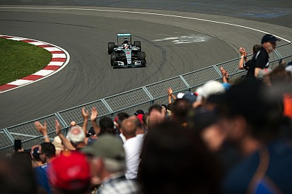 Lewis Hamilton marca el mejor tiempo en la P2 de Montreal