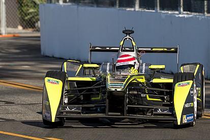 Пике-младший выиграл гонку Формулы Е в Москве
