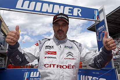 Citroën's Yvan Muller earned his second pole position of the season at Moscow