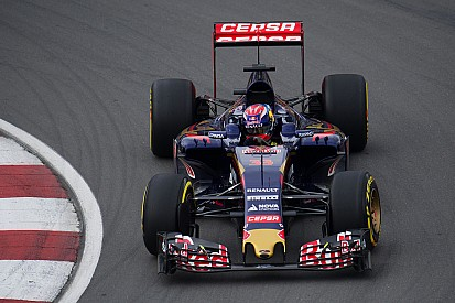 Verstappen pins race hopes on safety car