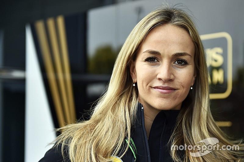 Mitch Evans frustrado al ver a Carmen Jordá en la F1