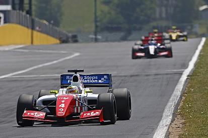 Rowland vainc Vaxiviere au Hungaroring