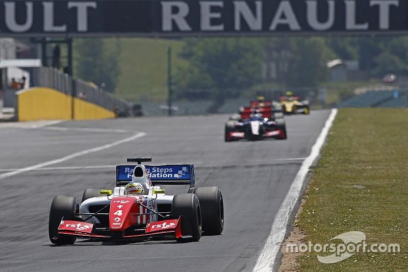Роуленд выиграл вторую гонку в Венгрии