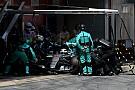 Mercedes быстрее всех на пит-стопах