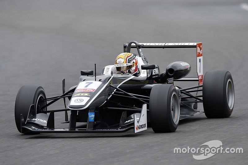 Rosenqvist et Giovinazzi s'accrochent, Leclerc hérite de la victoire!