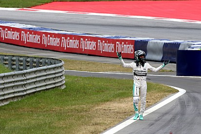 """Rosberg says taking risks was """"necessary"""""""