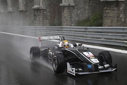 Leclerc s'impose sous la pluie au Norisring