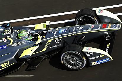 Piquet Jr, Champion pour un point au terme d'un finish haletant!