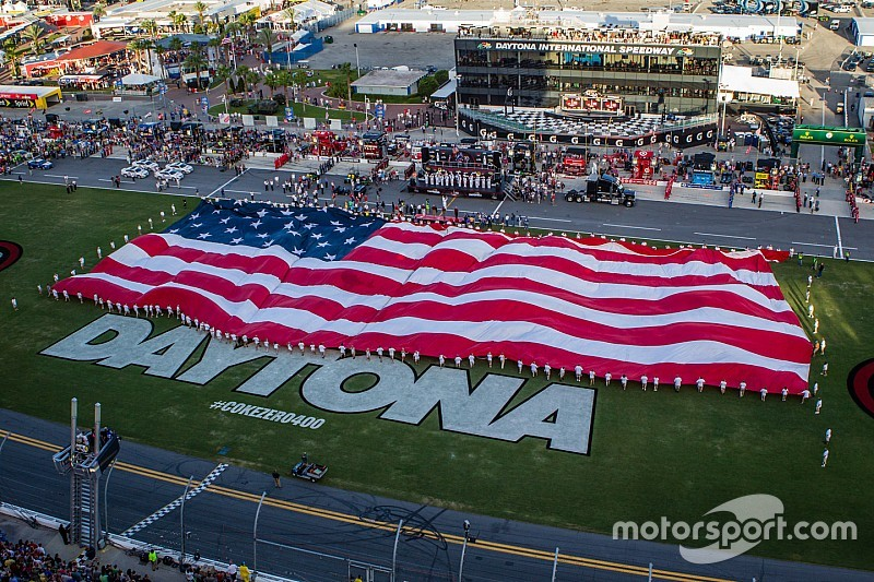 Daytona will not ban Confederate Flag for 4th of July race, but...