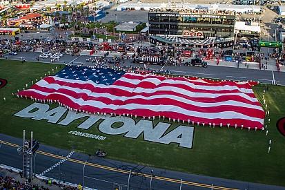 Daytona não vai banir a bandeira dos confederados para o 4 de julho, mas...