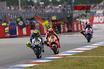 Lorenzo fica do lado de Rossi após incidente com Márquez