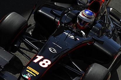 Sirotkin vence a primeira em Silverstone de forma incontestável