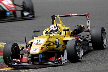 Giovinazzi claims first pole of 2015 at Zandvoort