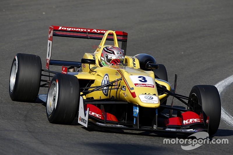 Giovinazzi gana desde la pole en Zandvoort
