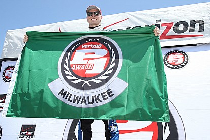 Newgarden earns first career IndyCar pole at Milwaukee
